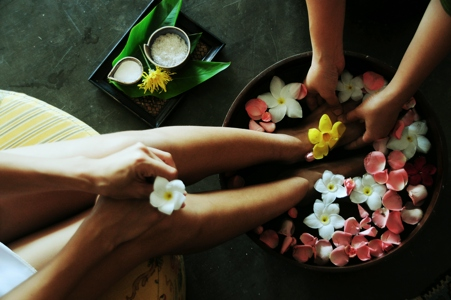 Best Retreats for Managing your Menstrual Health